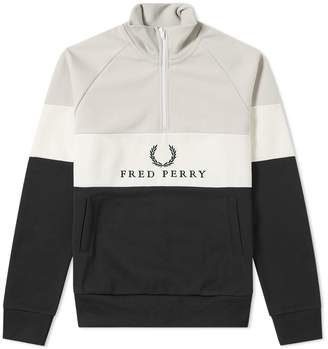 Fred Perry Authentic Embroidered Panel Sweat