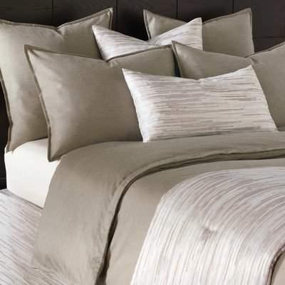 Wayfair Hendrix Comforter