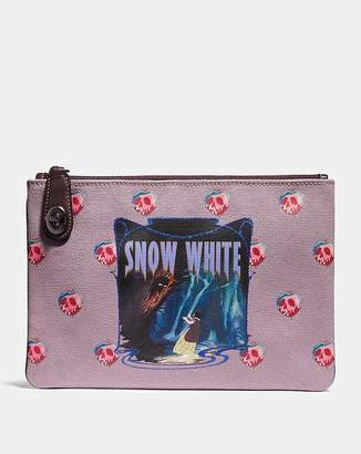 Coach Disney X Snow White Turnlock Pouch 26