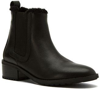 emu Women's Ellin $199.95 thestylecure.com