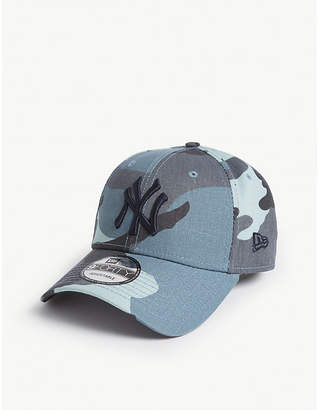 new product d1753 49e63 New Era 9forty NY camouflage cap