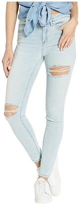 Blank NYC The Bond Mid-Rise Skinny in Big Baby