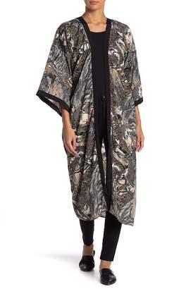 Vince Camuto Pheasant Forest Satin Kimono