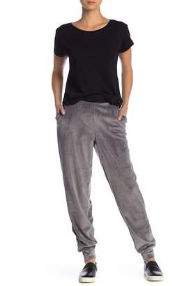 Hue Velour Jogger Pants