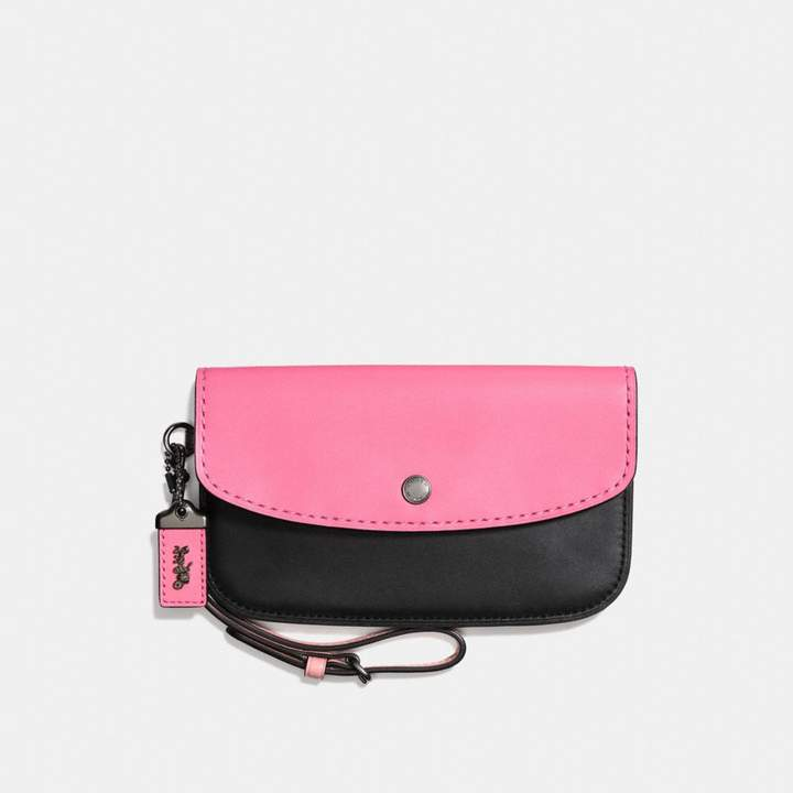 Coach New YorkCoach Clutch In Colorblock - BRIGHT PINK/MULTI/BLACK COPPER - STYLE