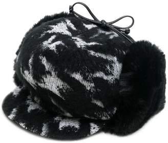 Eugenia Kim Sammy hat