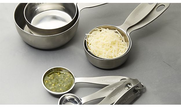 Crate & Barrel Set of 4 Stainless Steel Measuring Spoons