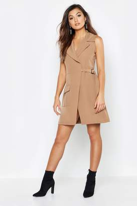 boohoo Sleeveless Utility Detail D Ring Blazer