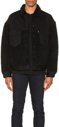Levi's Made & Crafted Made & Crafted Oversized Sherpa Trucker Jacket in Ivan Black | FWRD