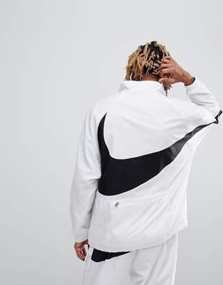 Nike Vaporwave Packable Half Zip Jacket With Large Swoosh In White Aj2696-100