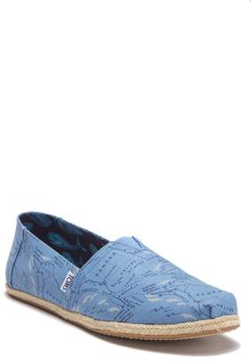Toms Classic Deep Blue Migration Map Alpargata Slip-On Sneaker