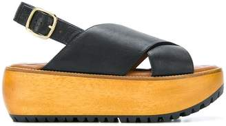 Marni Fussbett flatform sandals