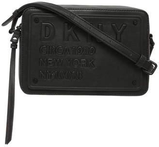 DKNY R83EZ633 Tilly Zip Top Crossbody Bag