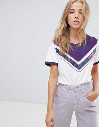 Wrangler t shirt with chevron detail