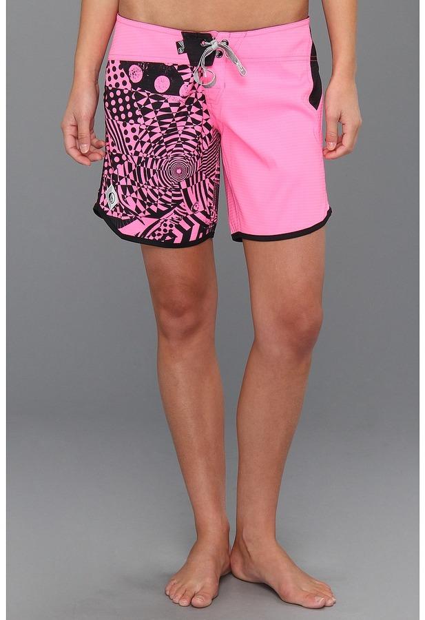 Volcom Scallopini 7 Boardshort (Neon Pink) - Apparel