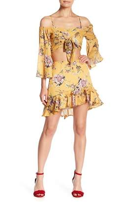 L'Atiste Cold Shoulder Floral Ruffle Set