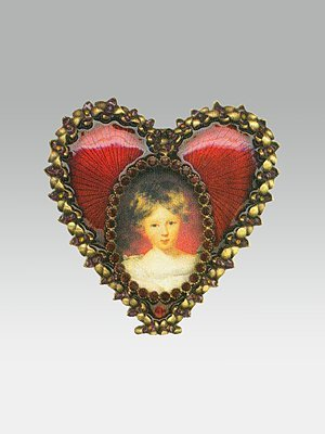 Small Oval Heart Frame