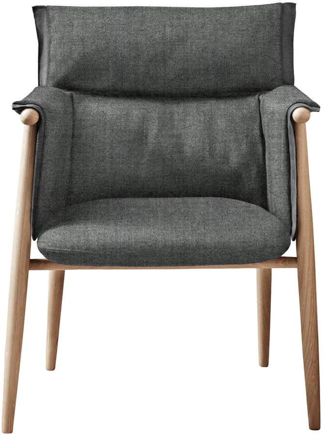 Carl Hansen - Embrace Chair, Eiche geölt / Hallingdal Col. 0126