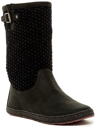 UGG Australia Lyza Genuine Shearling Lined Boot $140 thestylecure.com