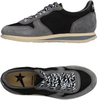 Golden Goose Low-tops & sneakers - Item 11470230
