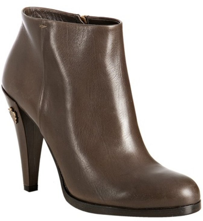 Gucci taupe leather crest detail ankle boots