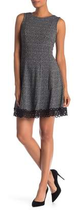 Donna Ricco Jersey Print Crochet Lace Trim Dress