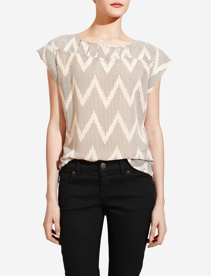 The Limited Chevron Cutout Popover Top