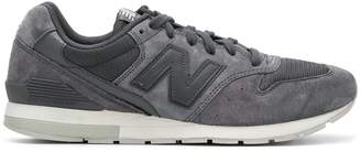New Balance 996 logo sneakers