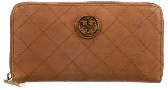 Tory Burch Tory Burch Quilted Zip-Around Wallet