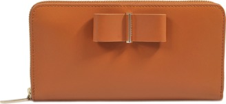 Hugo Boss Bow Continental zipped wallet $357 thestylecure.com