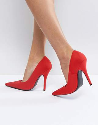 Glamorous Red Pointed Pumps