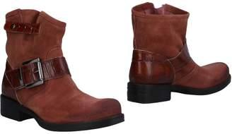 Piampiani Ankle boots - Item 11491434UQ