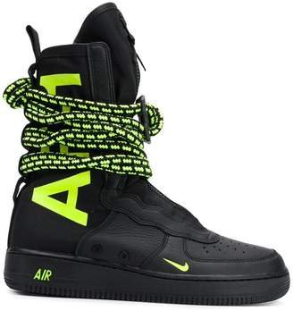 Nike Special Field Air Force 1 high sneakers