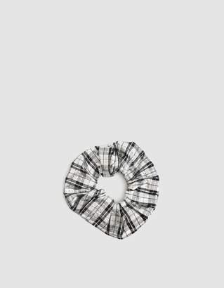 Ganni Lagarde Silk Scrunchie in Silver
