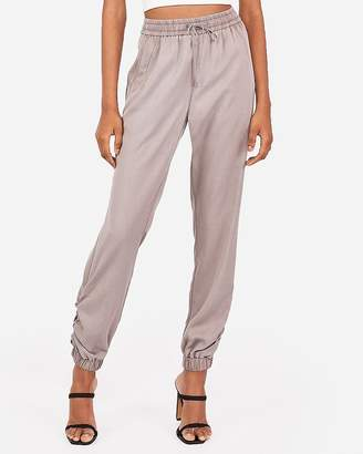 Express Ruched Ankle Cargo Jogger Pant