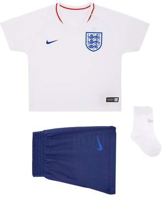 Nike 2018 England Stadium Football Kit