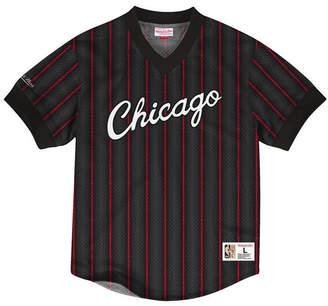 301491ccdb04 Mitchell   Ness Men Chicago Bulls Kicking It Wordmark Mesh T-Shirt
