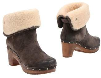 4e4481cb1e9 UGG Grey Suede Ankle Boots For Women - ShopStyle UK