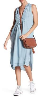 Love Stitch Sleeveless Chambray Midi Dress