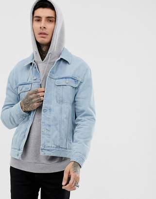 af92819432f4 Asos Design DESIGN regular denim jacket in light wash