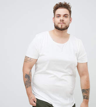 Lee plus shaped t-shirt in white
