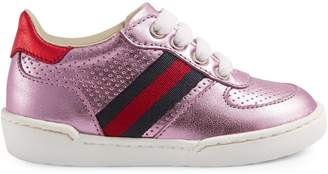Gucci Toddler metallic leather sneaker with Web