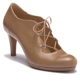 Naturalizer Macie Lace-Up Leather Pump