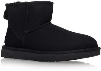 UGG Mini Black Ii