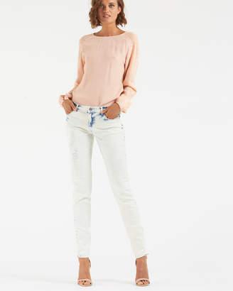Jenna Low Waist Jeans