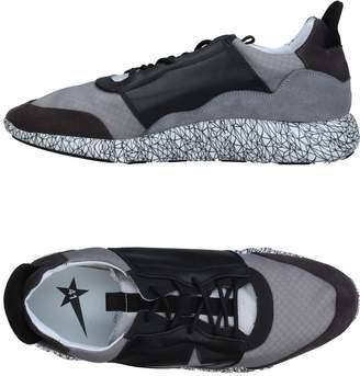 Golden Goose Low-tops & sneakers - Item 11356859JN