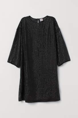 H&M T-shirt Dress with Sequins - Black