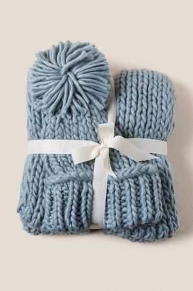 francesca's Seirra Chunky Knit Scarf And Beanie Set - Light Teal