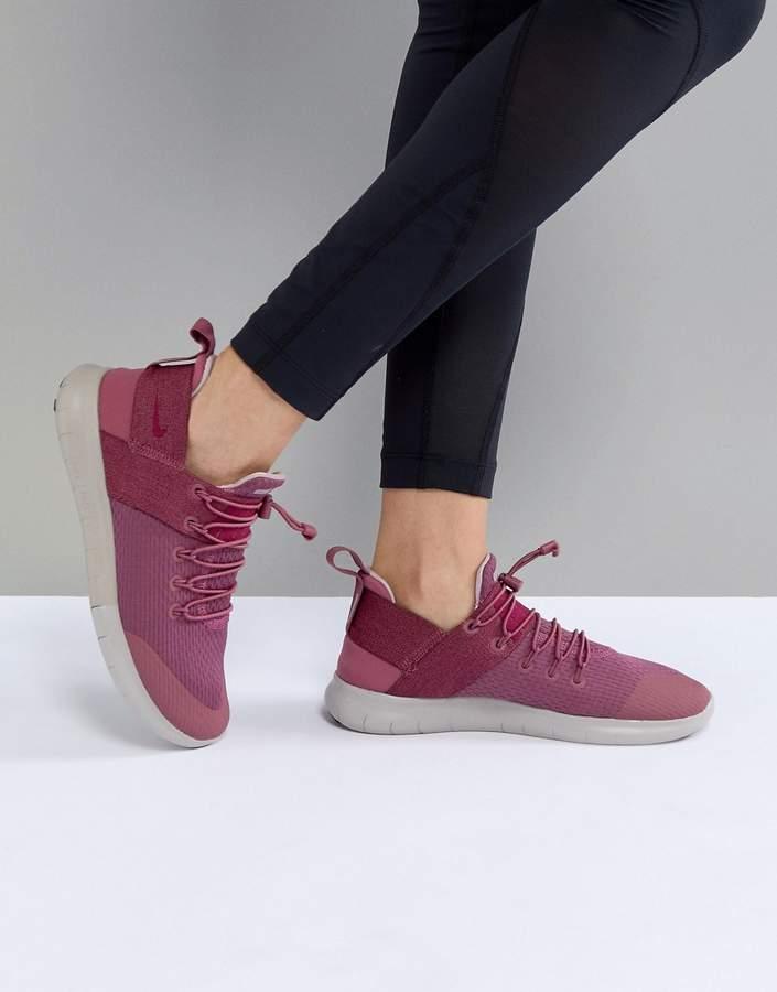 Nike Running – Free Run Commuter – Rosa Sneaker