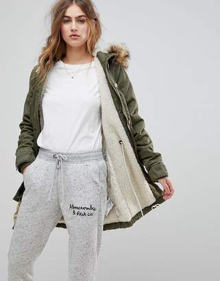 Abercrombie & Fitch Twill Faux Fur Lined Parka